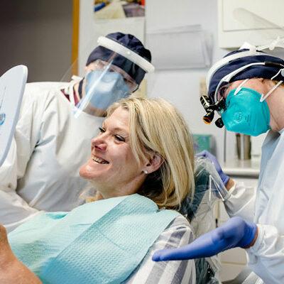 doctor-heidi-johnson-working-on-patient
